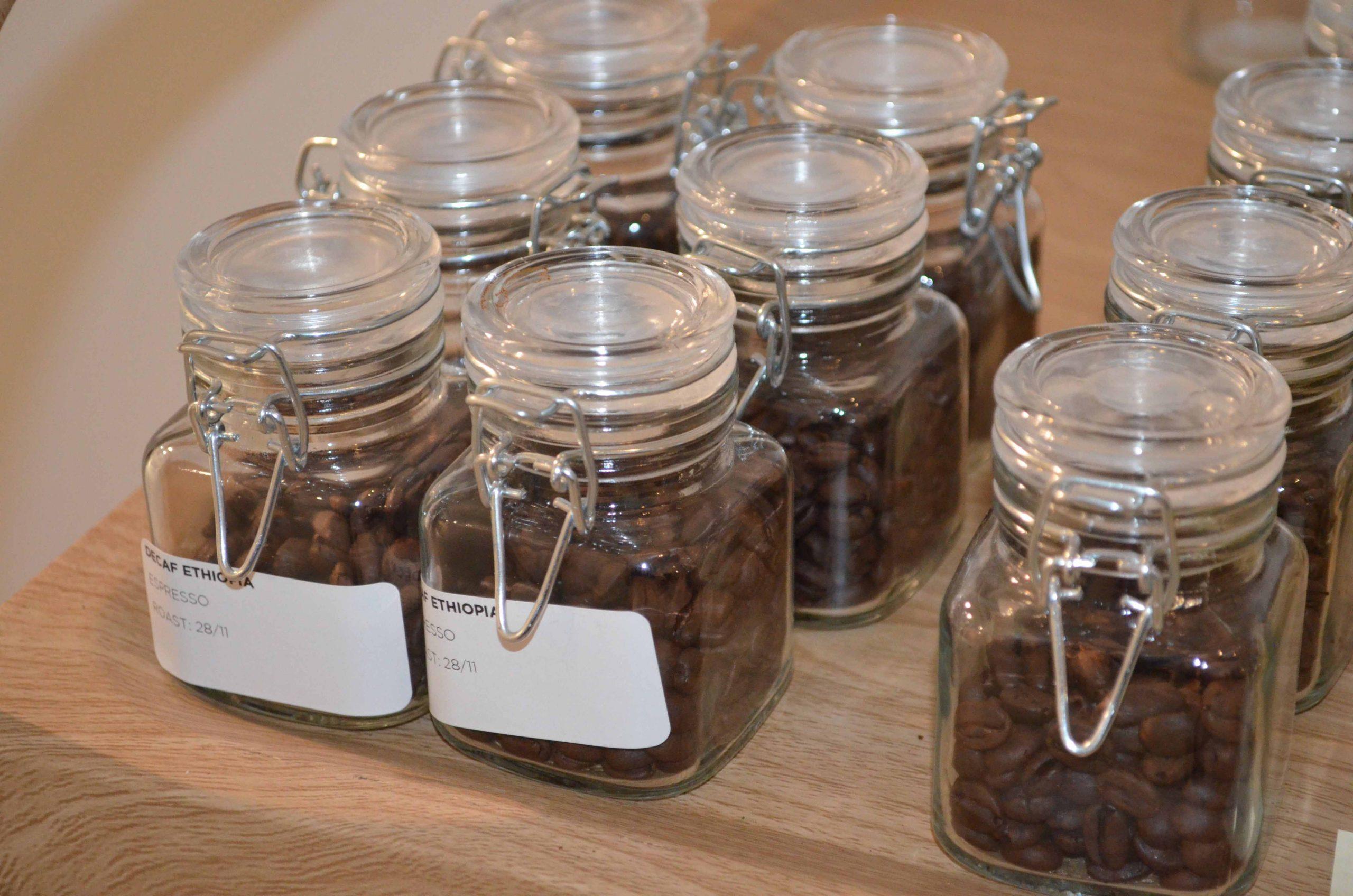 Koffiebar Amsterdam, Koffie bonen in pot