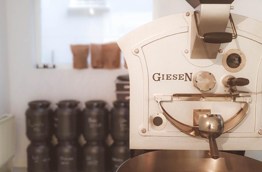 Espressobar Amsterdam, coffee roaster machine